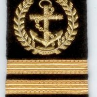 Epaulette with anchor & gold stripes